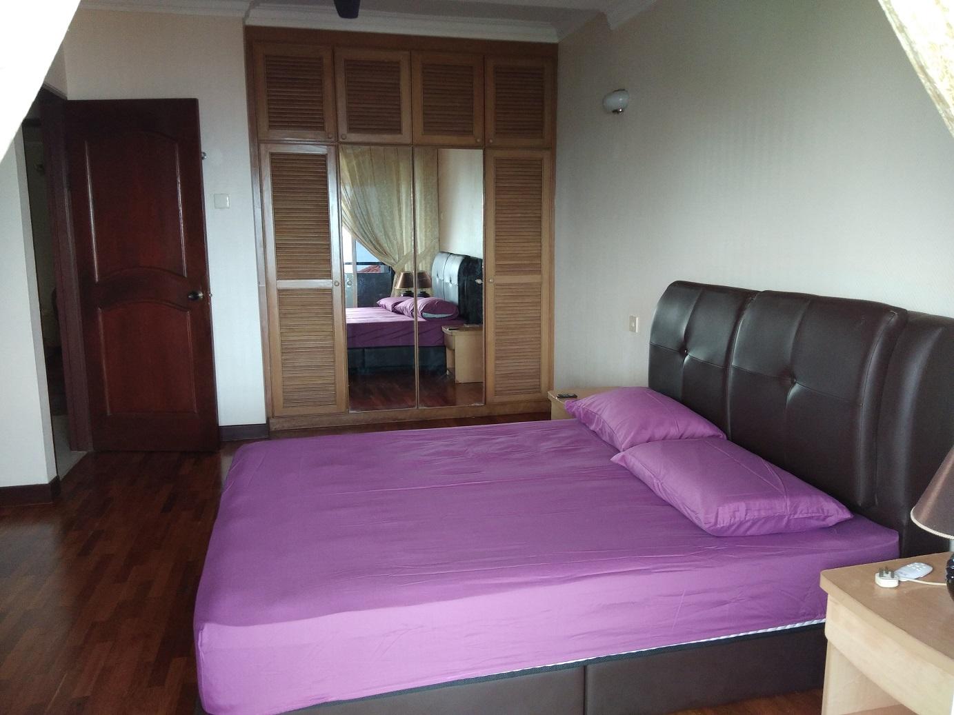 10__Master_Bedroom_2.jpg