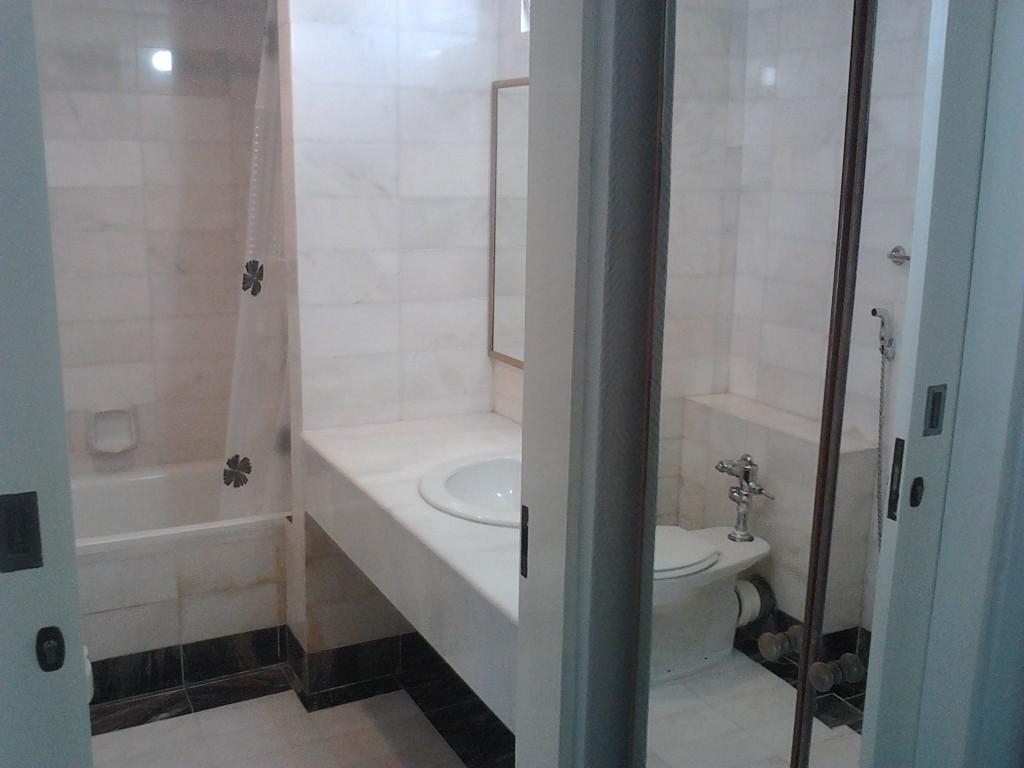 18__3rd_Floor_Washroom.jpg