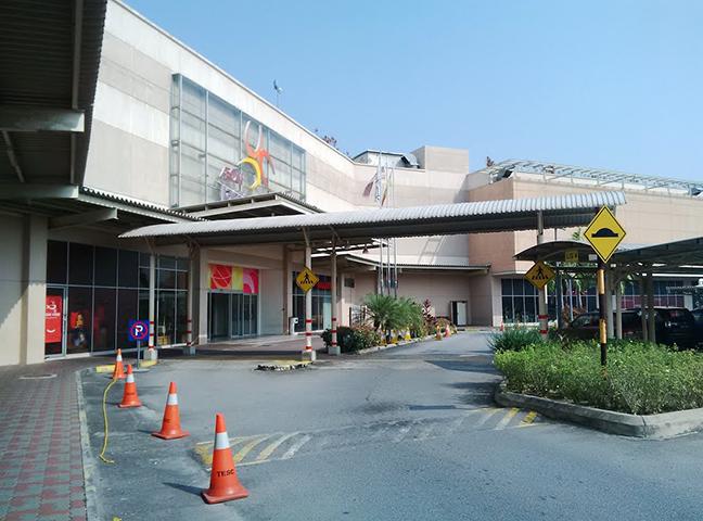 aeon-taman-equine-shopping-centre-1.jpg