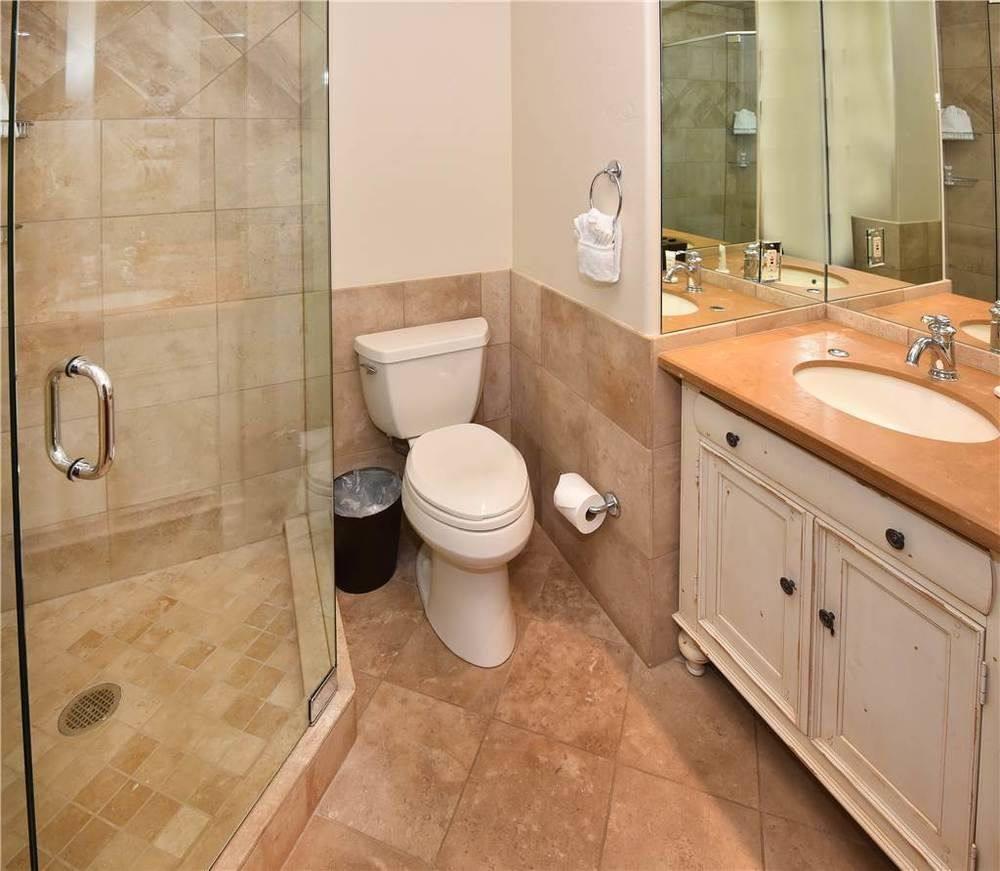 bathrooms_1.jpg