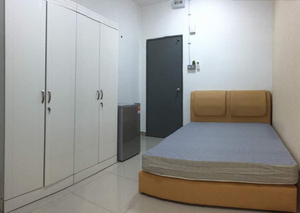 Room_1A-1.jpg